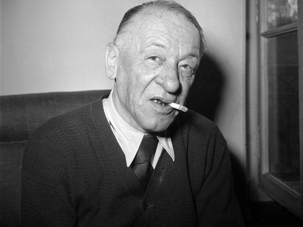 Blaise Cendrars, 1954 / Imagem AFP - Agence France-Presse  Site RTS - La Radio Télévision Suisse