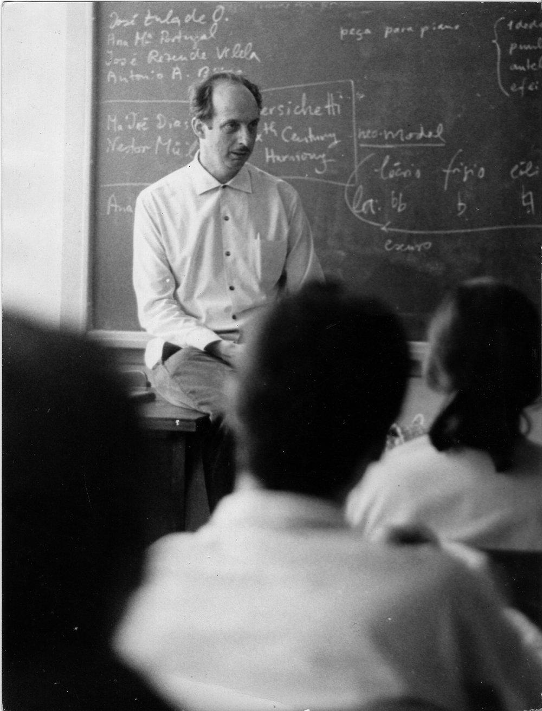 Ernst Widmer foi professor e diretor da Escola de Música da Universidade Federal da Bahia Acervo Escola de Música da UFBA