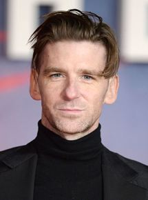 PAUL ANDERSON   Rôle : Caporal Tommy Thomas