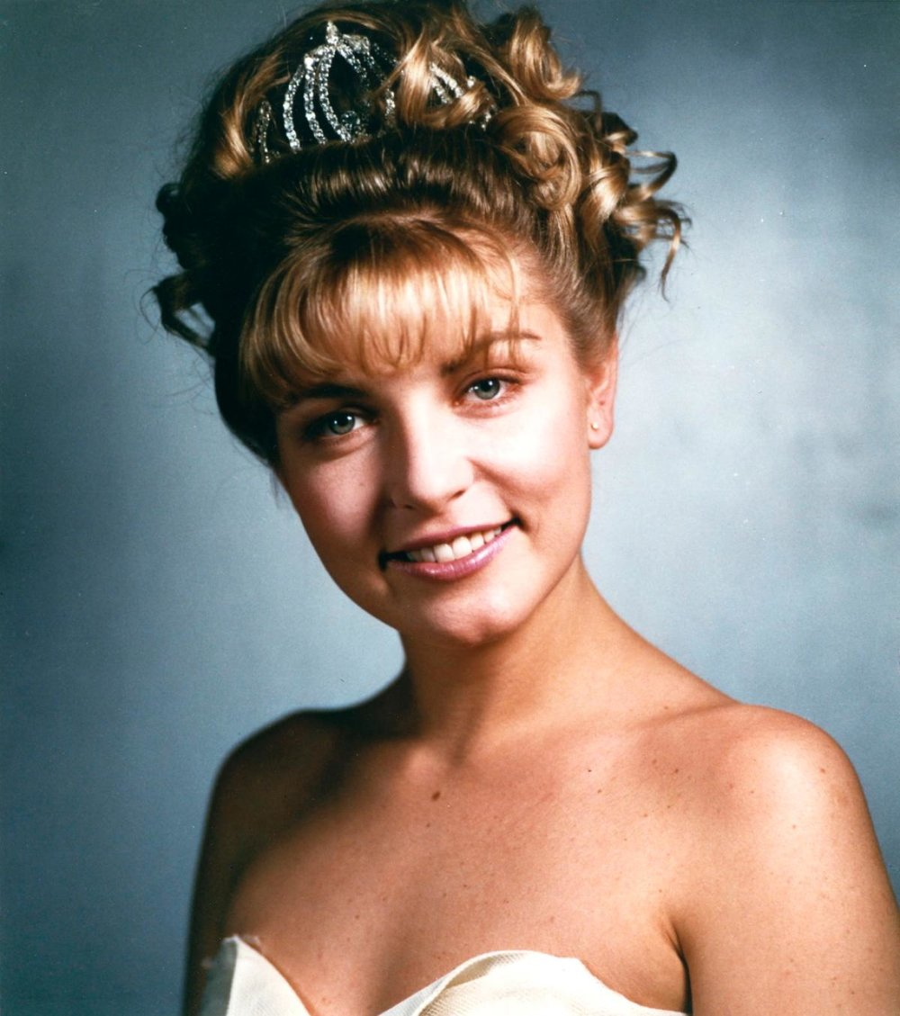 Laura_Palmer_the_Queen_Of_Hearts.jpg
