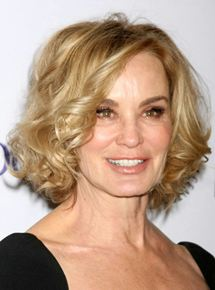 JESSICA LANGE  Rôle : Leigh Bowden