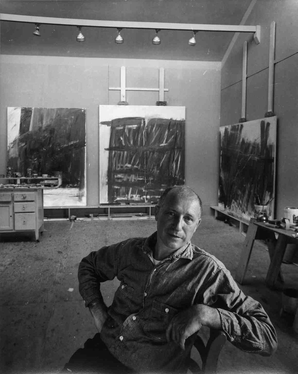 Jack Tworkov in his Provincetown studio, 1960. Photo: Arnold Newman, © Arnold Newman / Getty Images. Courtesy Tworkov Family Archives, New York.