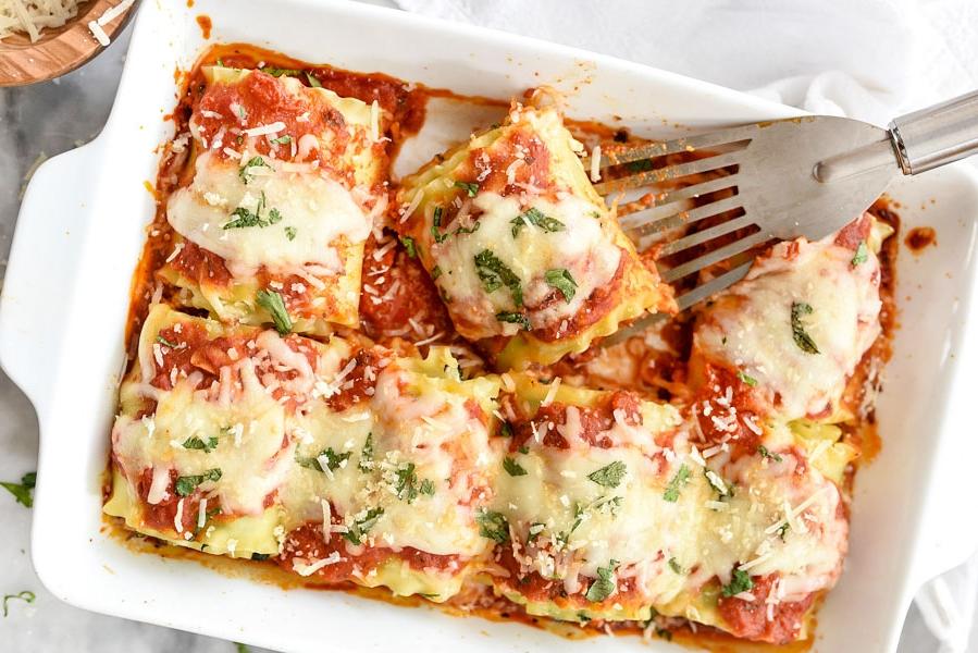 Spinach-Lasagna-Roll-Ups-foodiecrush.com-25-2.jpg