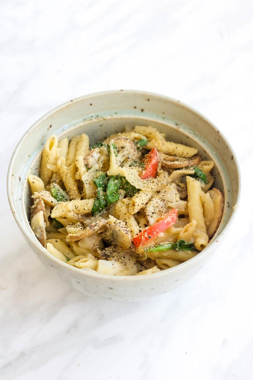 Hummus Veggie Pasta (1 of 1).jpg