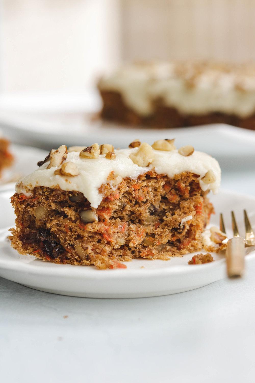 vegan carrot cake  (4 of 13).jpg