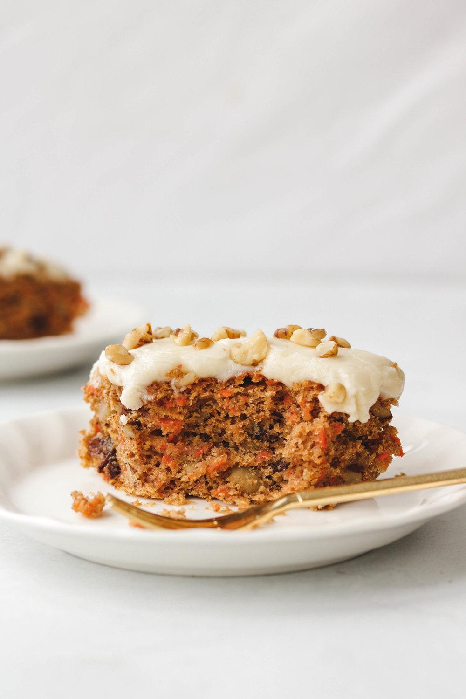vegan carrot cake  (8 of 13).jpg