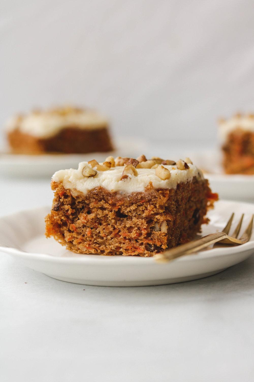 vegan carrot cake  (11 of 13).jpg