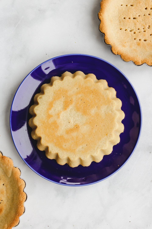 3 ingredient vgan tart recipe (7 of 8).jpg