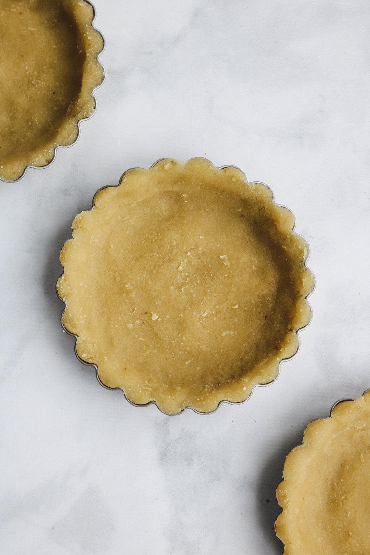 3 ingredient vgan tart recipe (4 of 8).jpg