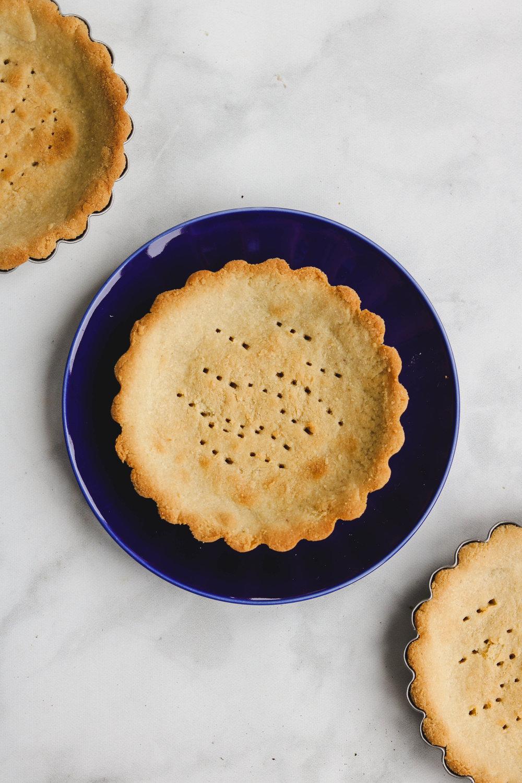 3 ingredient vgan tart recipe (6 of 8).jpg