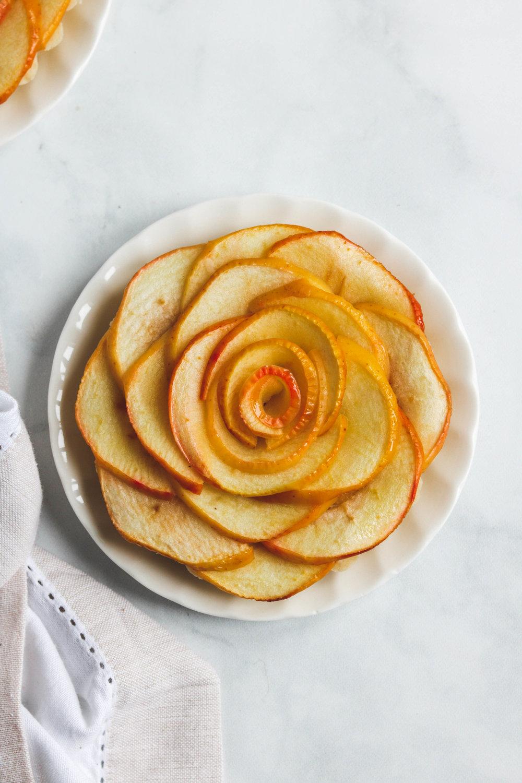 Vegan Apple Rose Tart top Shot  (1 of 1).jpg