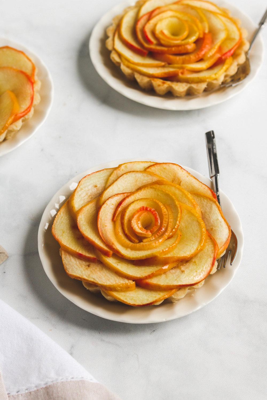 Vegan Apple Rose Tart 4  (1 of 2).jpg