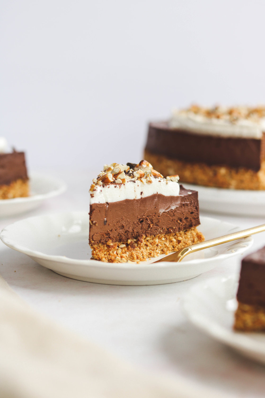 Vegan Chocolate Silk Torte with Peanut Butter Pretzel Crust (1 of 1).jpg
