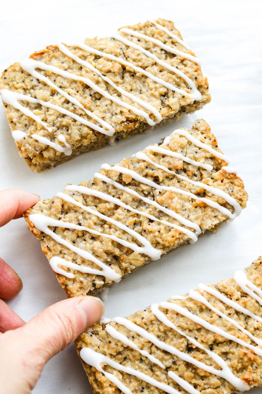 Vegan Gluten Free Lemon Poppy Seed Oat Bars-4.jpg