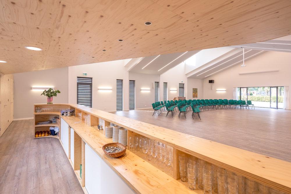 Interieur Kruispunt Bar meubel uit Fins vuren multiplex