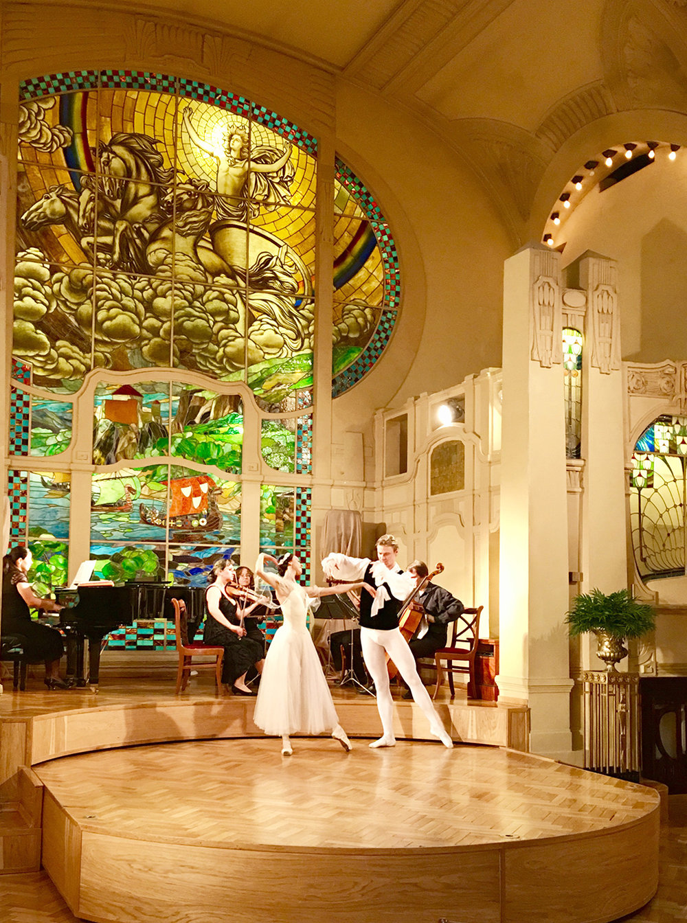Guests on the tour experienced Tchaikovsky Night—including string quartets, piano and ballet throughout a three-hour meal—at L'Europe Restaurant in St. Petersburg.