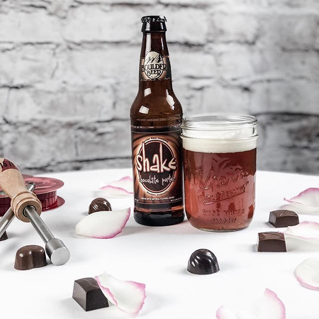 Happy Valentine's Day to all the beer lovers!  You can never go wrong with a nice cold Chocolate Porter. 🍻  #boulderbeercompany #chocolateporter #chocolatebeer #valentines #happyvalentinesday #giftsforhim #beercaramelizer #1571f