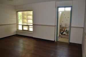 BaratHouse6_interior.jpg