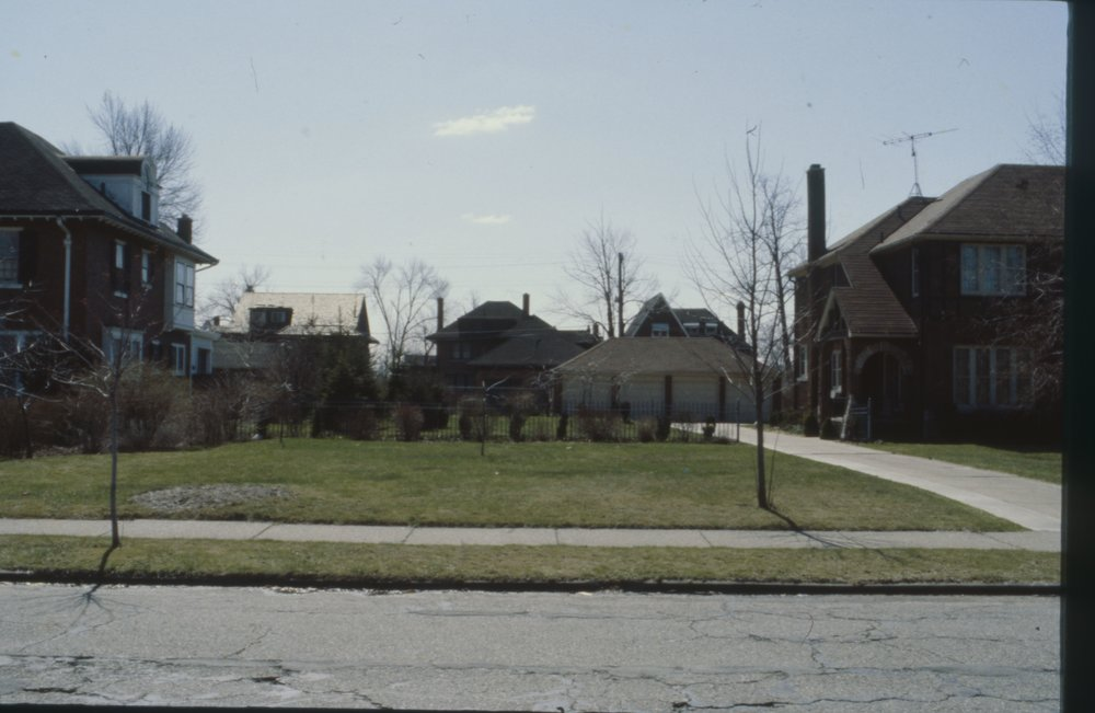 1115 W. Boston 1980_Lot.jpg
