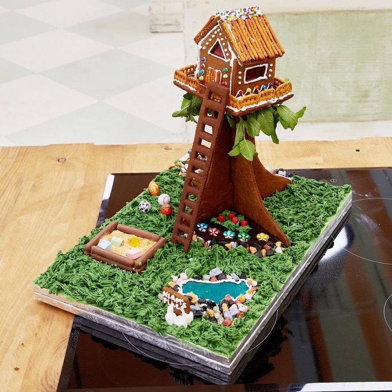 Gingerbread Treehouse -