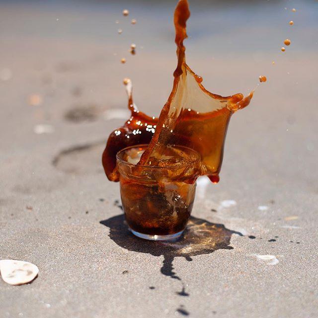Coffee stunts at the beach #sendit 📸 @helloiammarie