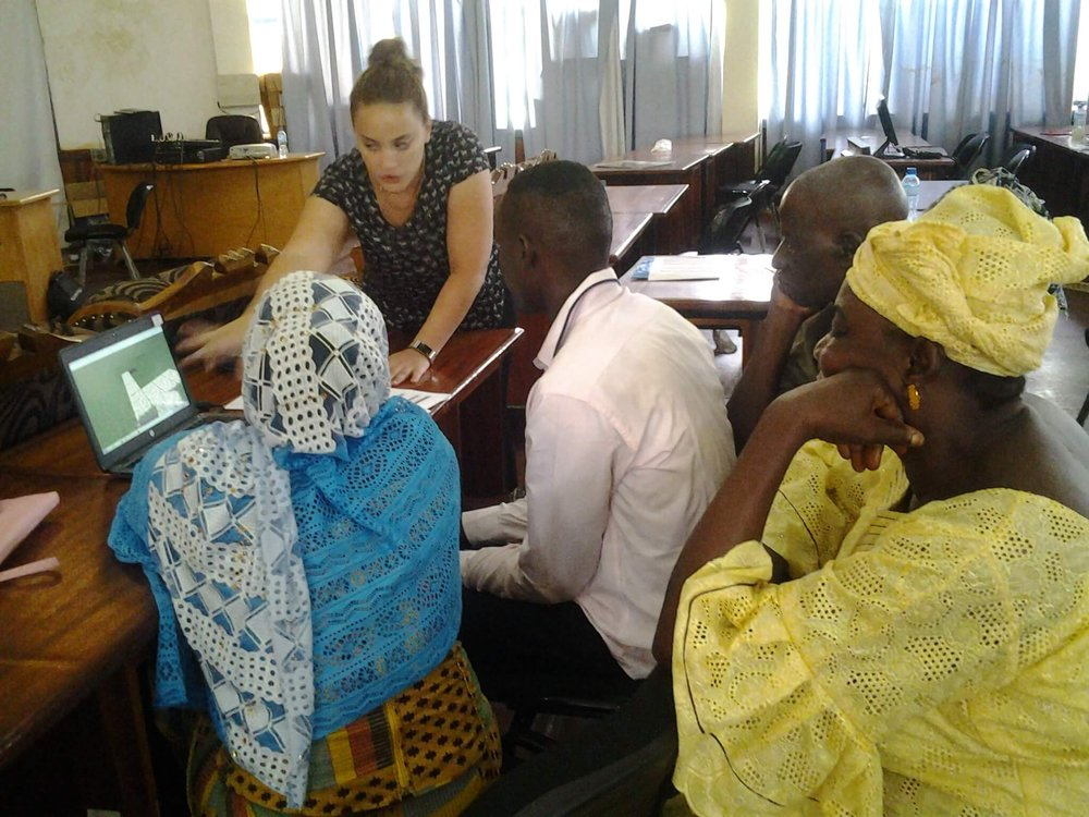 6. Teach - Train participants in the fundamentals of using Minecraft.Minecraft training session, Niamey, NigerCredit: Block by Block team