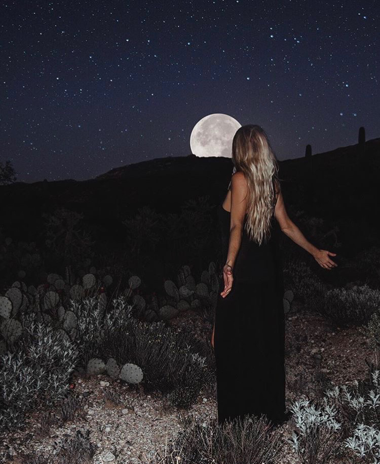 girl moon.jpg