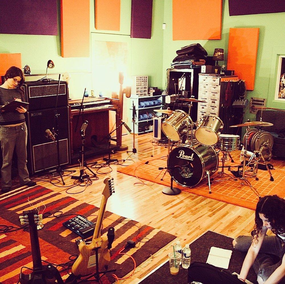 Jackpot Studios Live Room