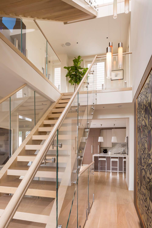 Entry_Stairway_2992.jpg