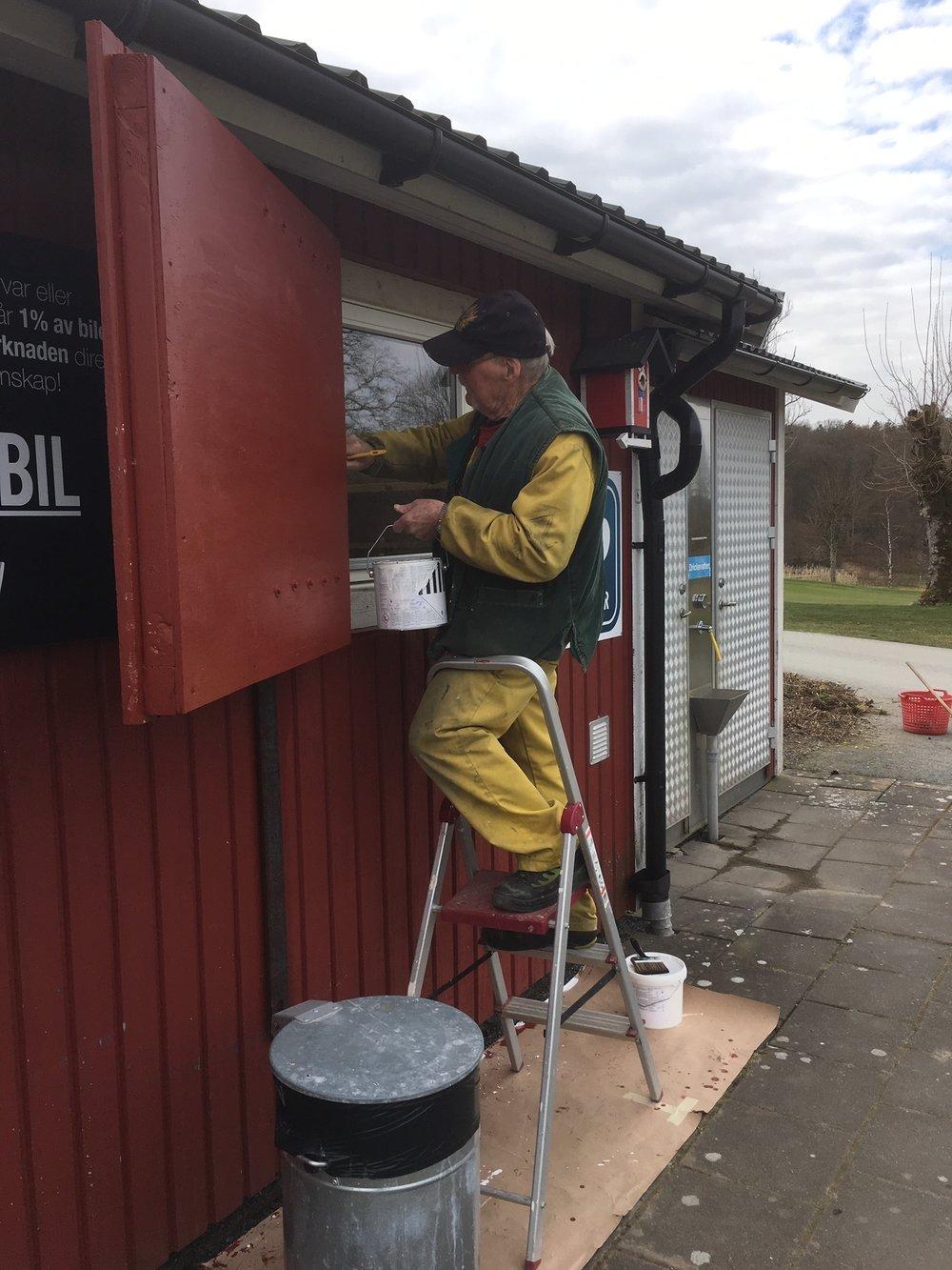 B-G Andersson målar vidare