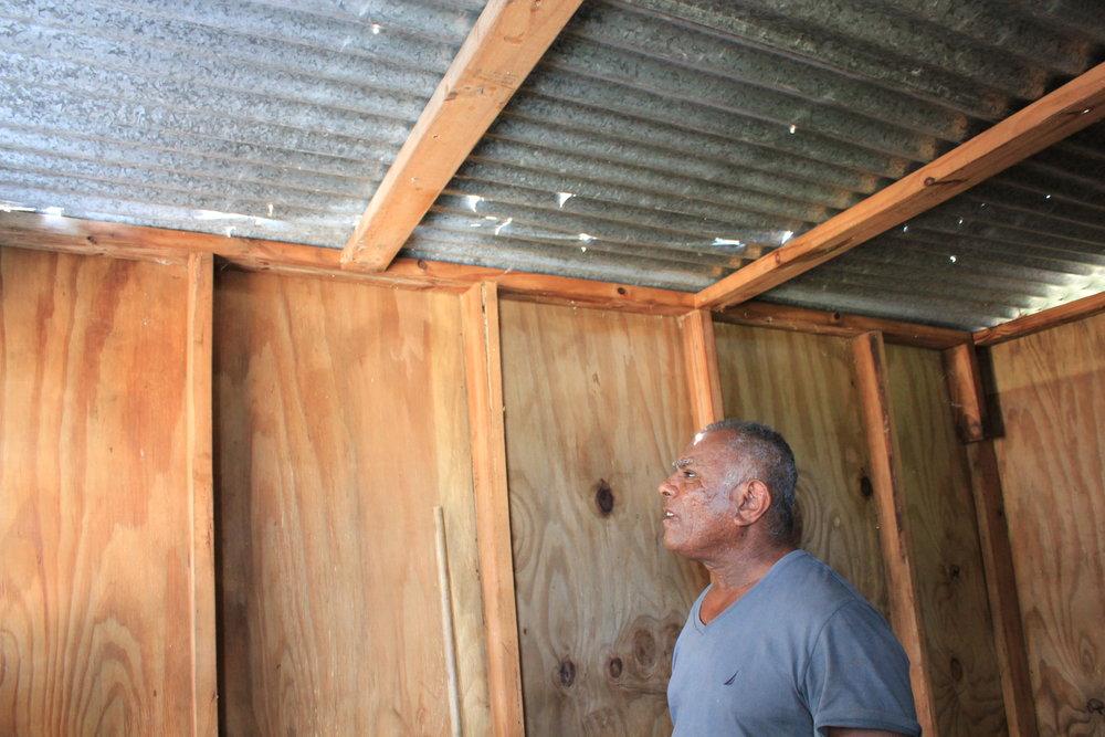 Light and rain pierces through a bathroom roof near Isabel Segunda