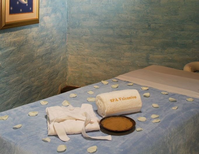 sala-de-masaje-aire-spa-volcanico-1.jpg