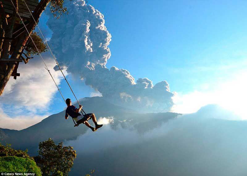 casa-del-arbol-y-volcan-tungurahua.jpg