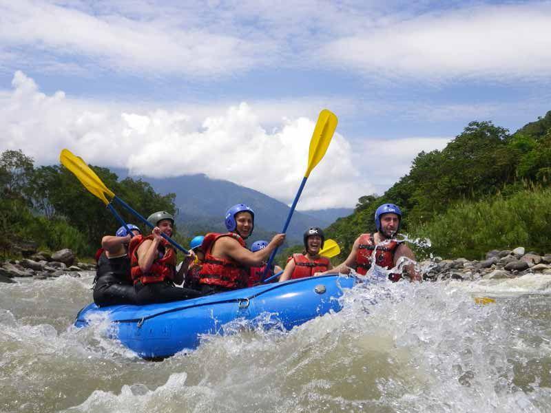 rafting-en-el-rio-pastaza.jpg