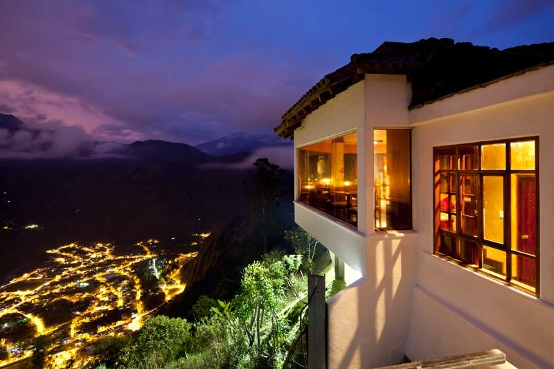 Espectacular vista a Baños (1.800 m) desde el Café del Cielo (2.200 m)