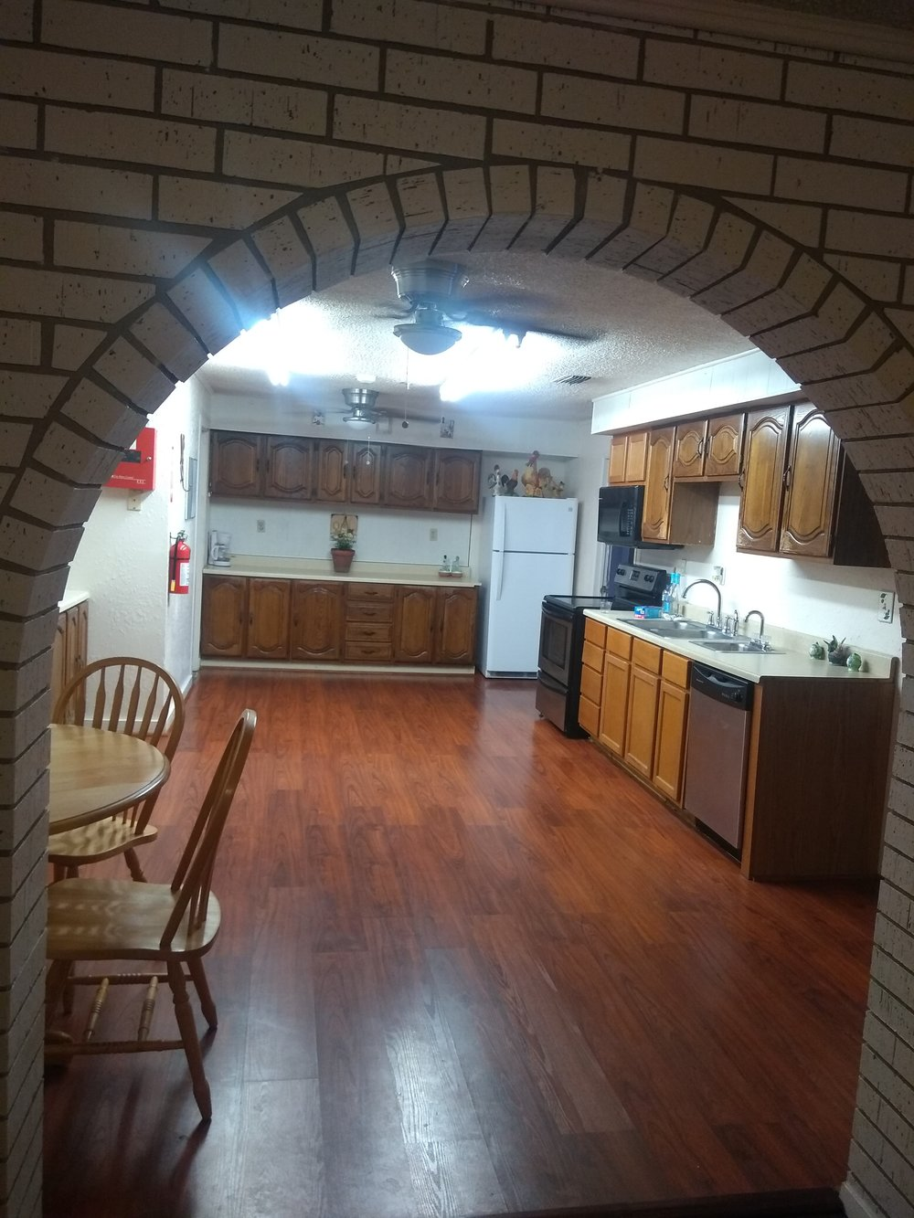 Beeville-Texas-Assisted-Living-Kitchen.jpg