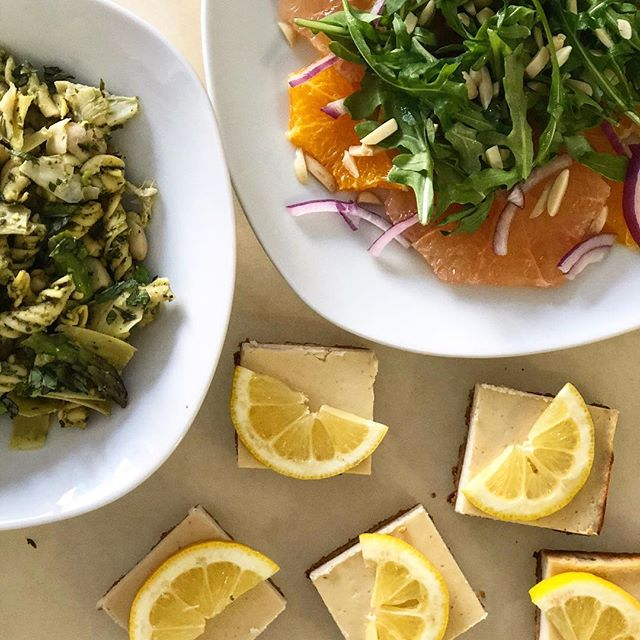 Going to be serving up some healthy bites this Thursday from 7-9pm for Happy Hour at @jilllindseystore. Come hang (and eat) - link with details in my bio. . . .  #healthyfood #healthcoach #happyhour #fortgreene #jilllindsey #glutenfree #vegetarian #palateevolved #cleaneating