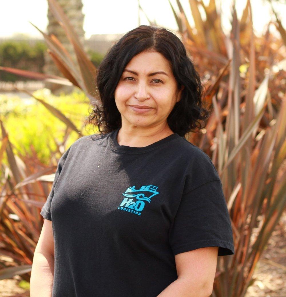 Leticia Lopez   Customer Service