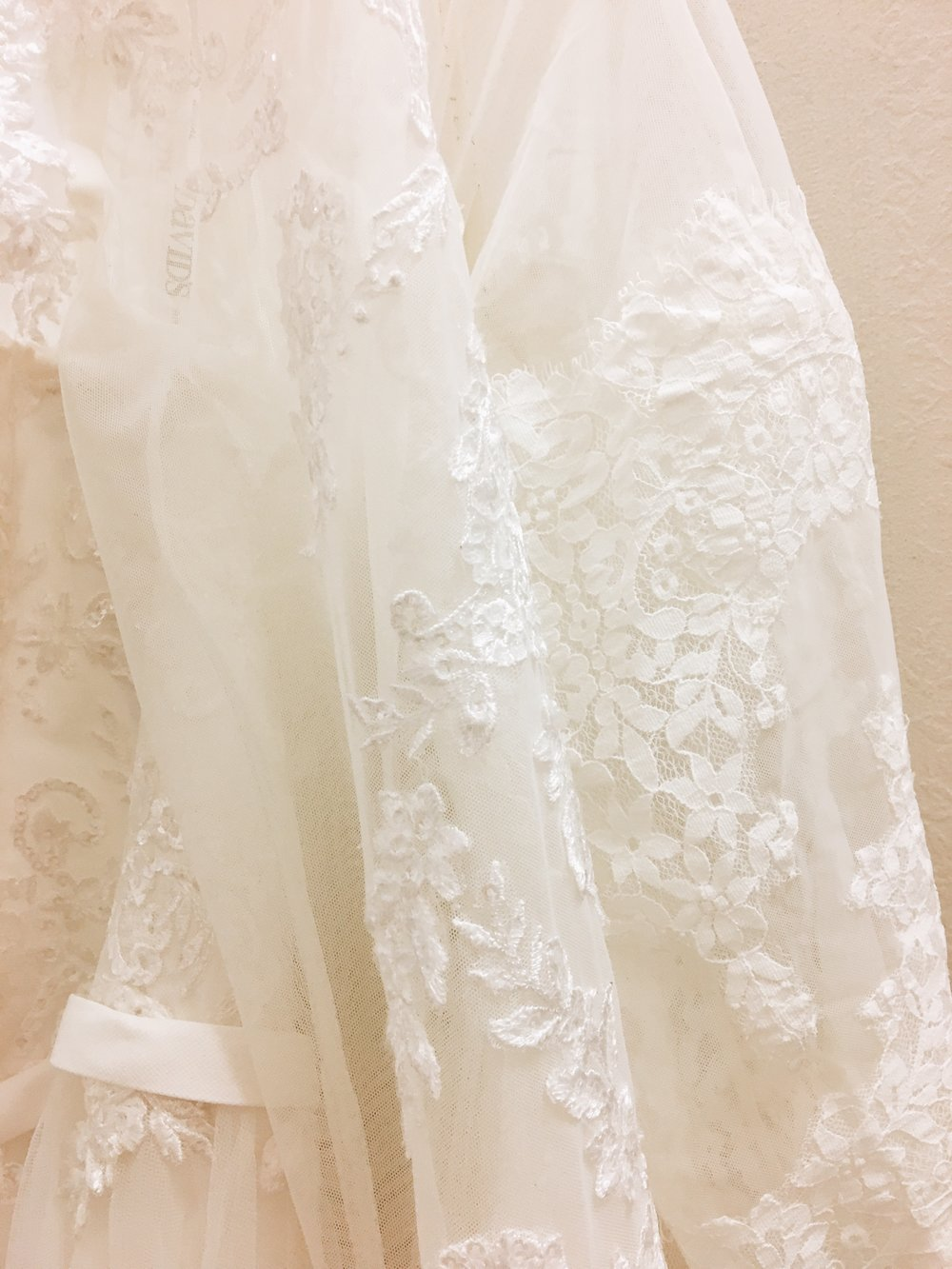 September 6, 2017. I found my wedding dress.