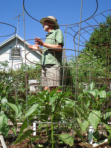 Glen Andresen is one of many who talked at Slow Food Portland's bicycle tour of urban homesteaders this June.