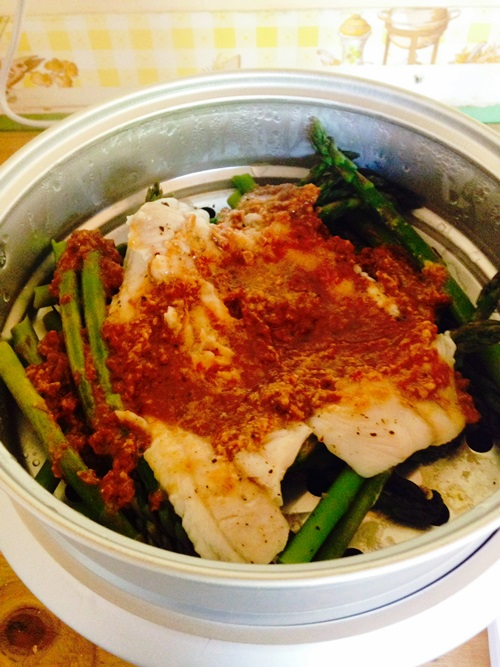 Rice cooker steamed Dover sole in homemade miso/ginger/lemon sauce with asparagus.