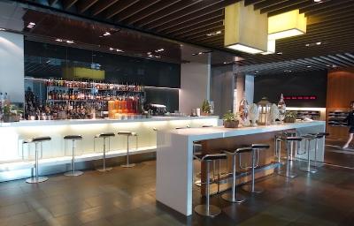Lufthansa first class terminal bar area