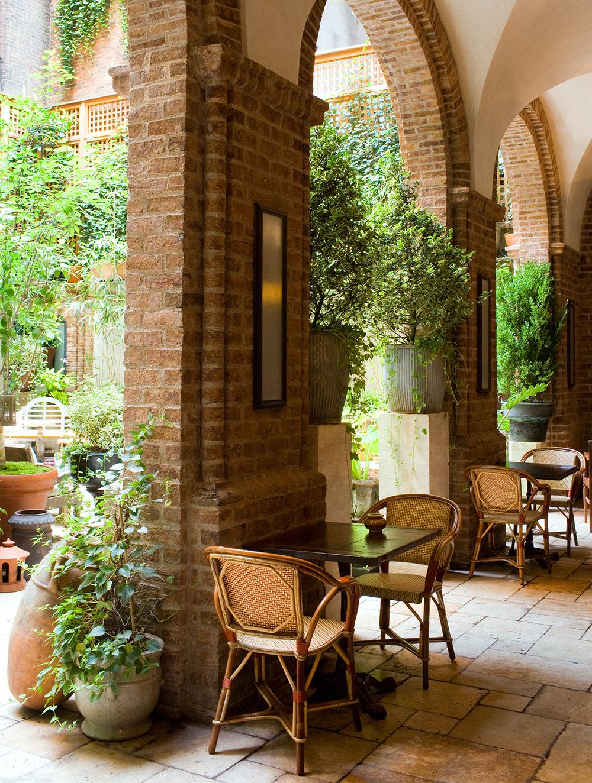 Courtyard-Collanade-High.jpg