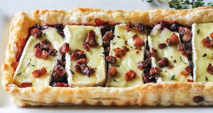 Cranberry-Brie-Tart-with-Pancetta-Thyme-10-768x549.jpg