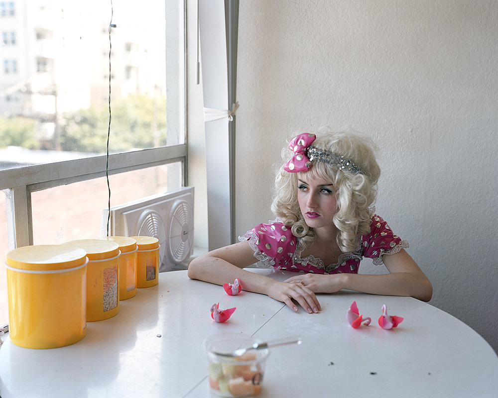 Stella Swan.jpg