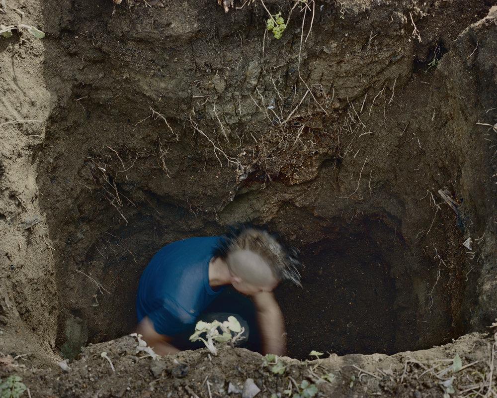 05_Dump Digging.jpg