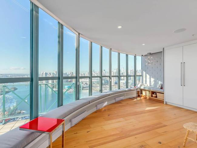 SOLD2801 1188 QUEBEC ST$2,250,000 -