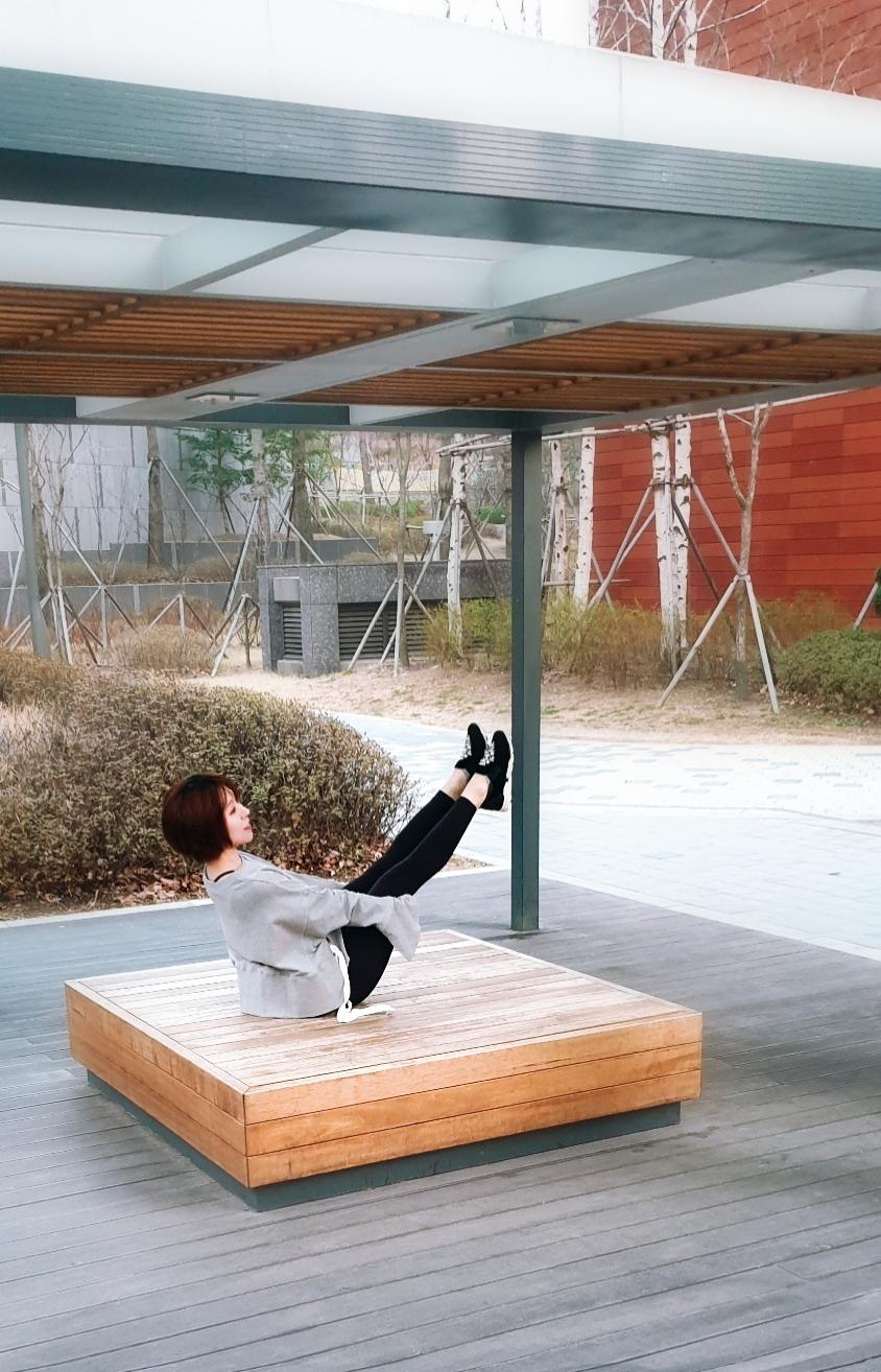 Jayna Hyun, Instructor