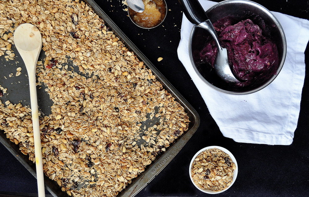 Breakfast Berry Bowl with Granola