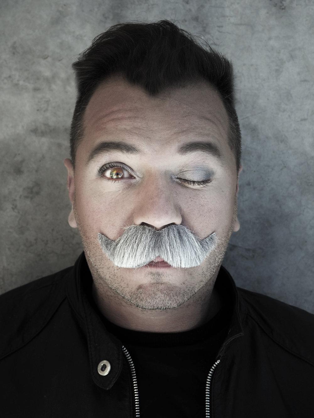 Moustache 2015